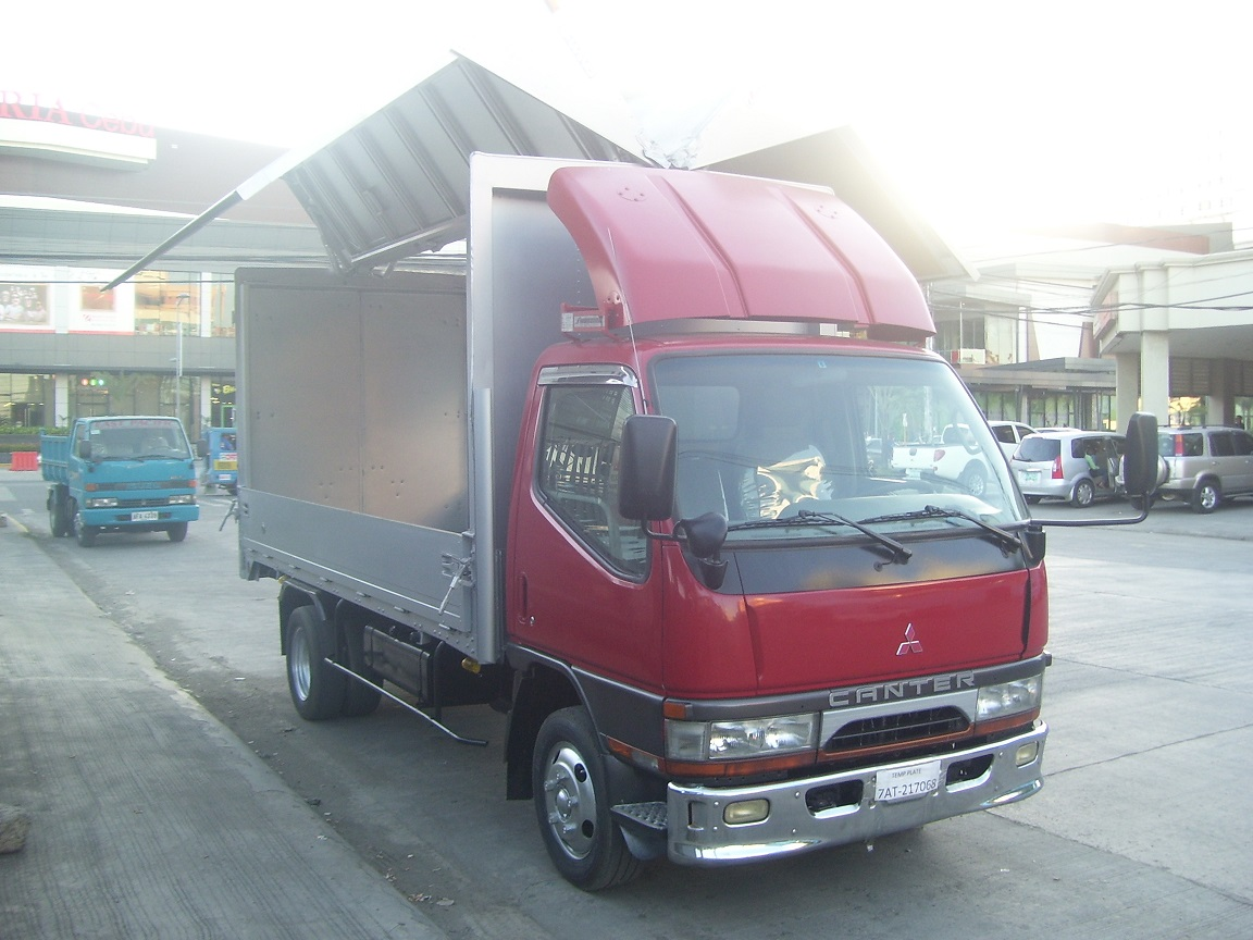 Canter Latest Wingvan with Windbreaker -SOLD