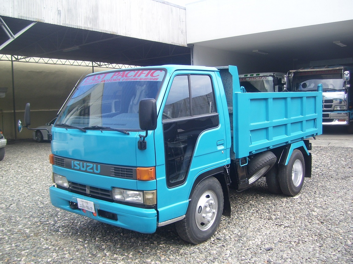 Isuzu Elf Dumptruck- SOLD