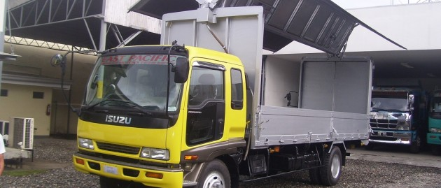 Isuzu Forward Wingvan- SOLD