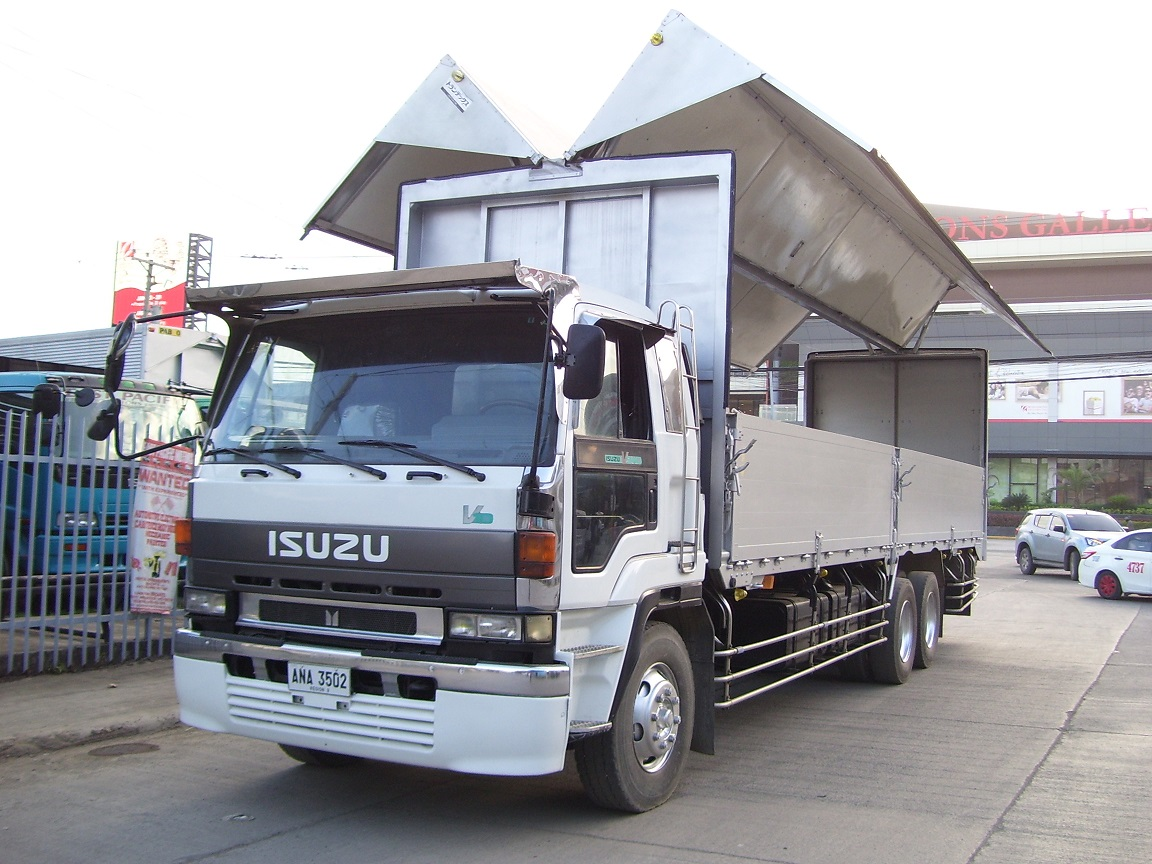 Isuzu 10Wh Wingvan -SOLD